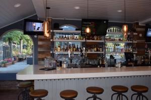 572 Socail Kitchen and Lounge Bar in Big Bear
