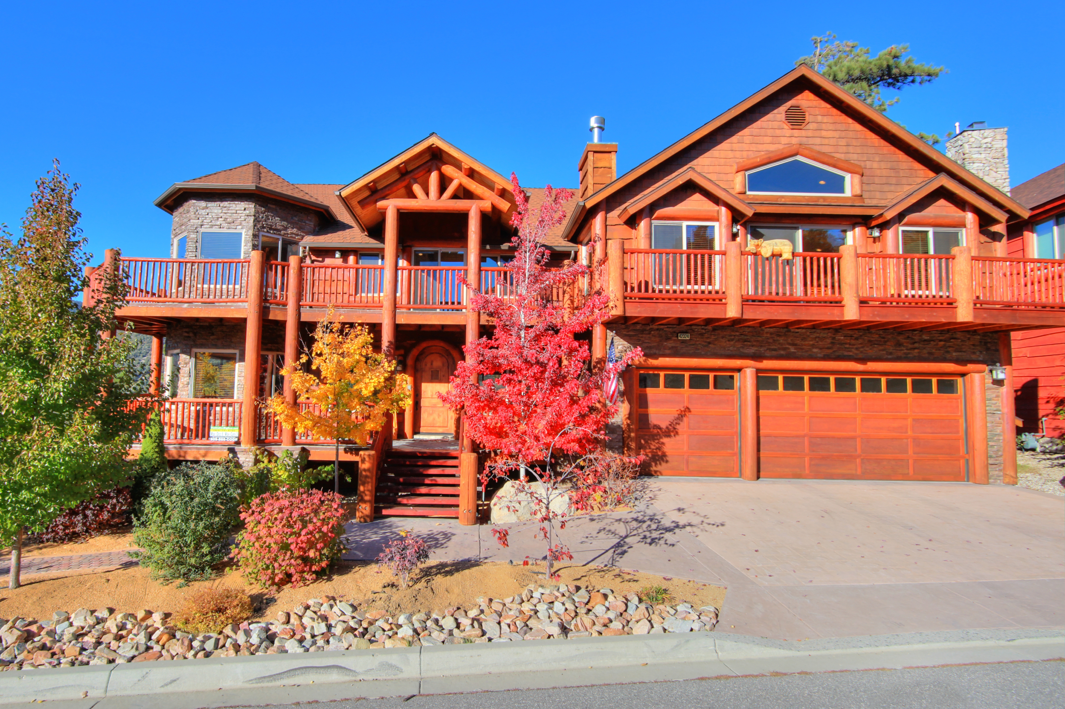 Cabin rentals go with the seasons destination big bear Big bear lakefront cabins for rent