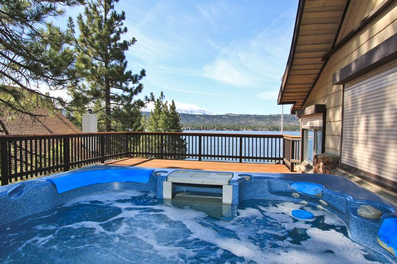 Stay at a big bear lake cabin rental with a hot tub Big bear lakefront cabins for rent