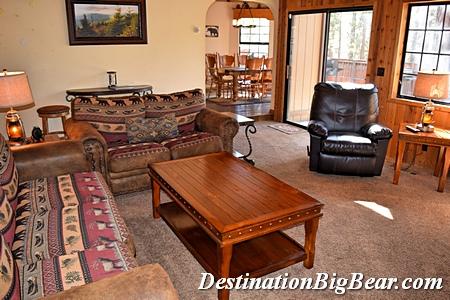 Big Bear Lake vacation rental family room after