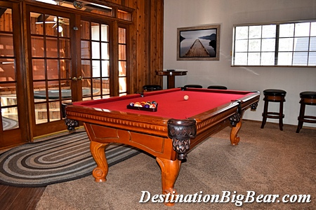 Big Bear lake cabin rental game room