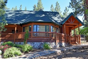 Summit Lodge luxury pet friendly cabin rental in Big Bear Lake