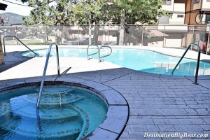 Pool and Hot Tub at Forest Shores Vacation Rentals in Big Bear