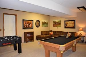 game room at a big bear vacation rental