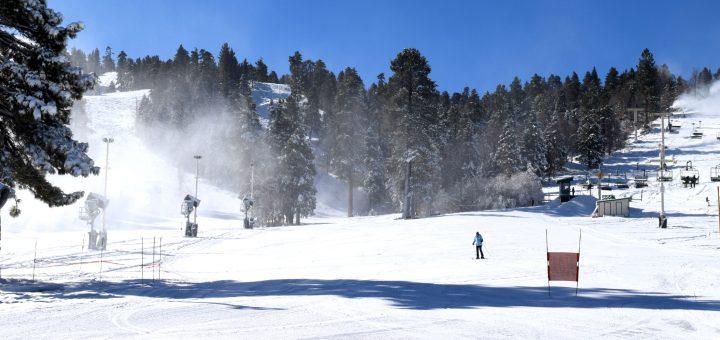 skiing at Snow Summit