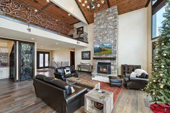 Big Bear Cabin - Alpine Ridge - Living Room
