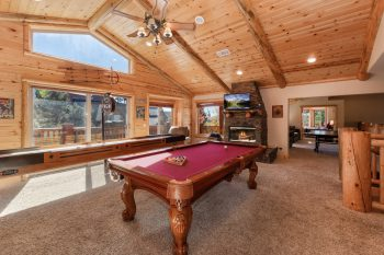 Big Bear Cabin - Eagle Ridge- Game Room