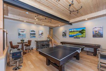 Big Bear Cabin- Golden Oak Estate- Game room