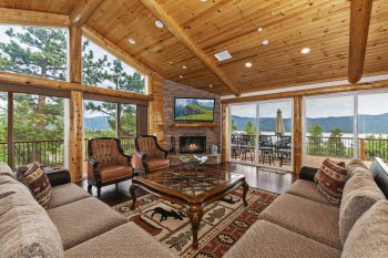 Big Bear Cabin- Grand Views