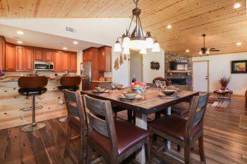 Big Bear Cabin- Indian Summer- Dinning Room